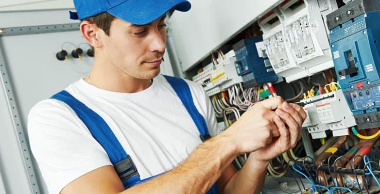 Cercasi Elettricista TIROCINANTE | Offerta di lavoro